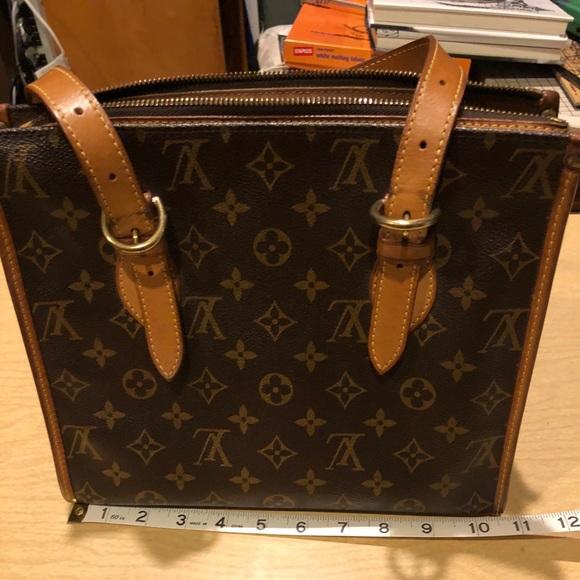 0a8575b8e08 Louis Vuitton Handbags - EUC Louis Vuitton Popincourt Bag